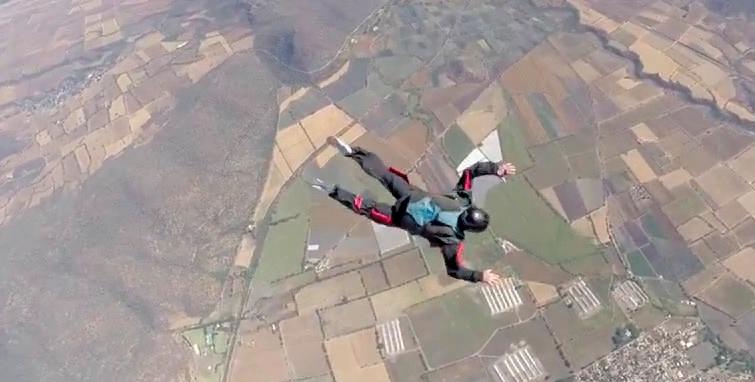 skydive university